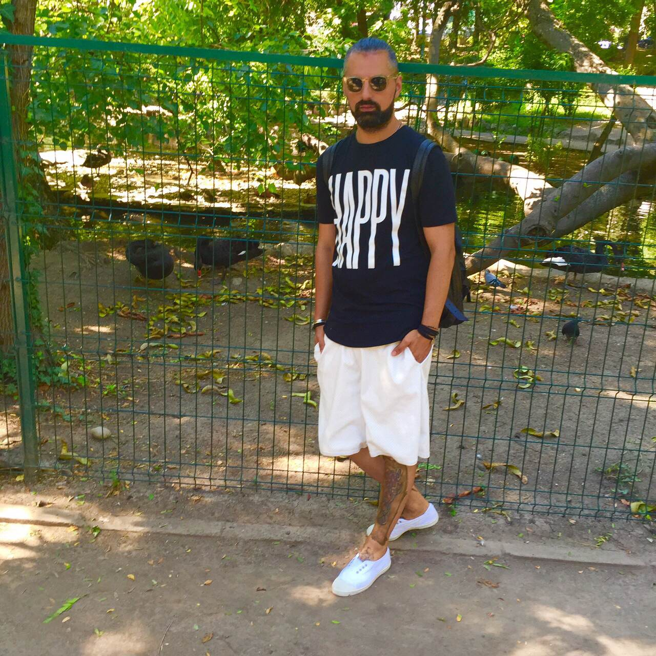 Tshirt Topman Pants Imperial Shoes Bensimon  Sunglasses Oliver Peoples from Opticris 1947